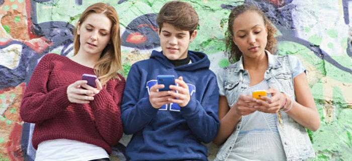 """""""Jak zrozumieć nastolatka?"""" – refleksja po spotkaniu"""